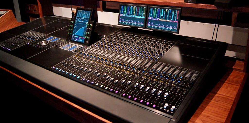 Avid S6 Desk