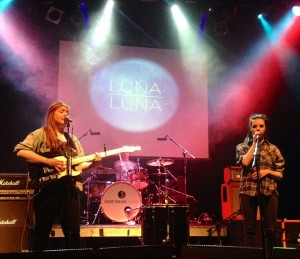 luna-luna-button-factory-w640